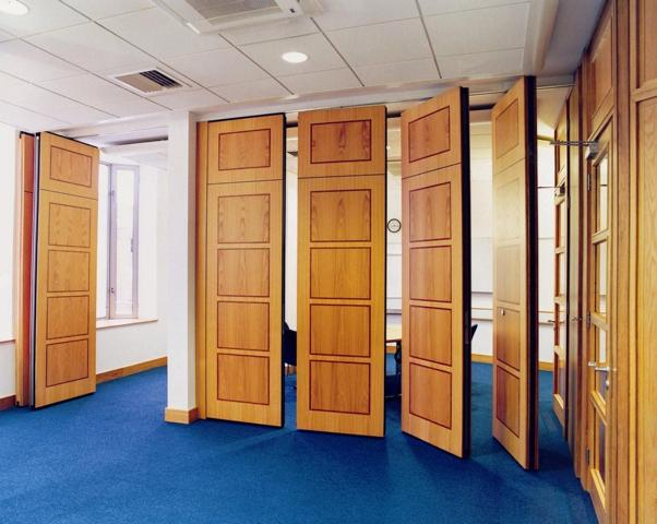Sliding partitions folding partitions movable walls for Retractable walls commercial